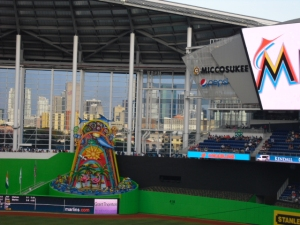 Marlins fountain at the Park