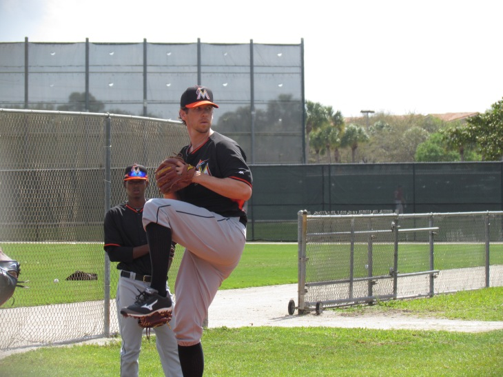 Kevin Slowey pitching