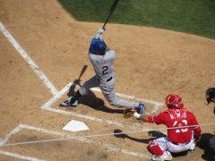 Leonis Martin hits the go-ahead homer