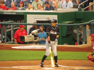 Ichiro batting during the 7th inning