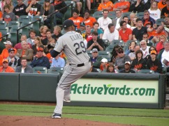 Roenis Elias pitching for the Mariners