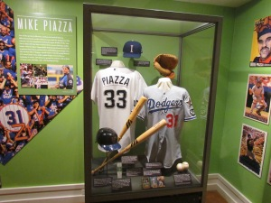 Mike Piazza locker