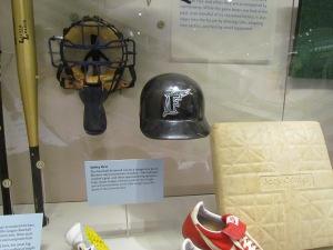 Tim Raines flapless helmet